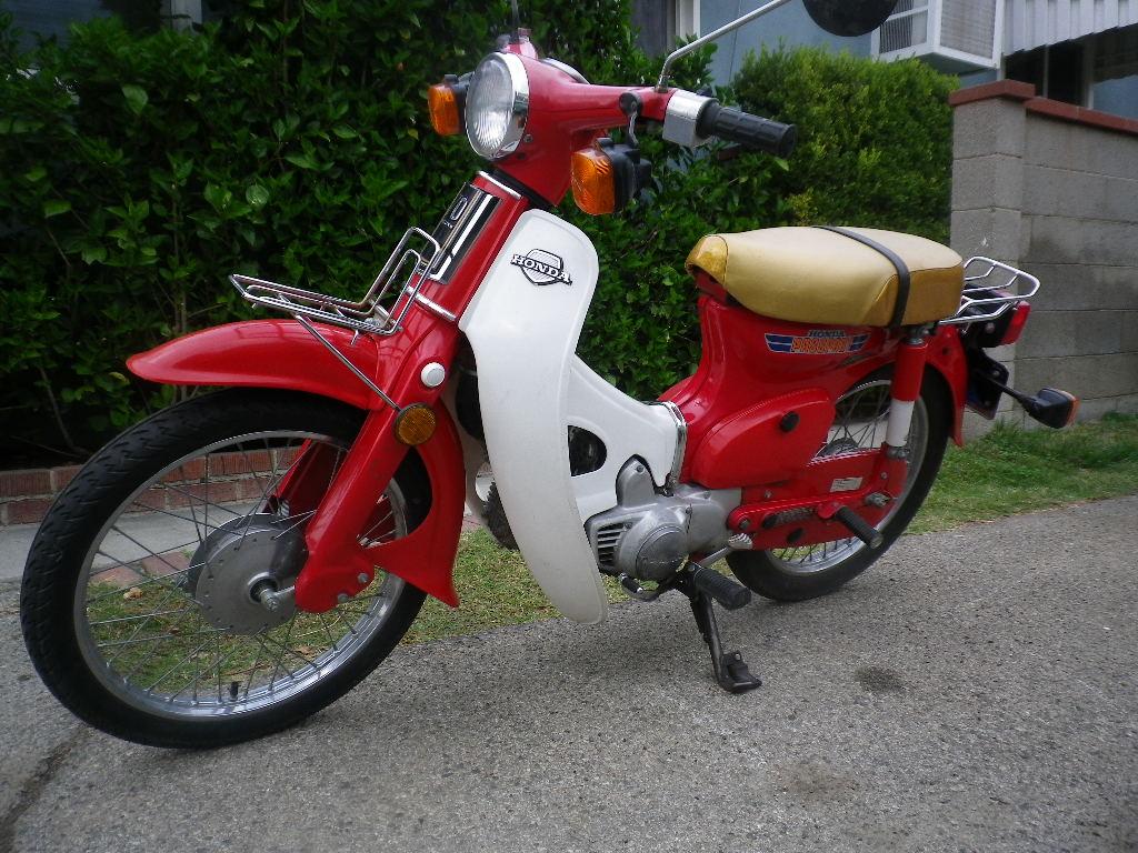I M Selling My Scooter Low Miles 1981 Honda C70 Passport